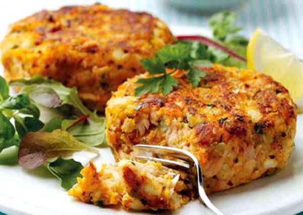 Что приготовить из рыбных консервов на второе