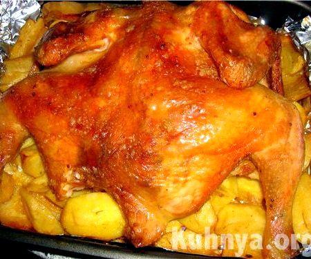 Приготовить курицу в духовке с картошкой в рукаве