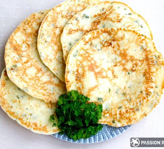 Лепешки с зеленью на сковороде рецепт с фото