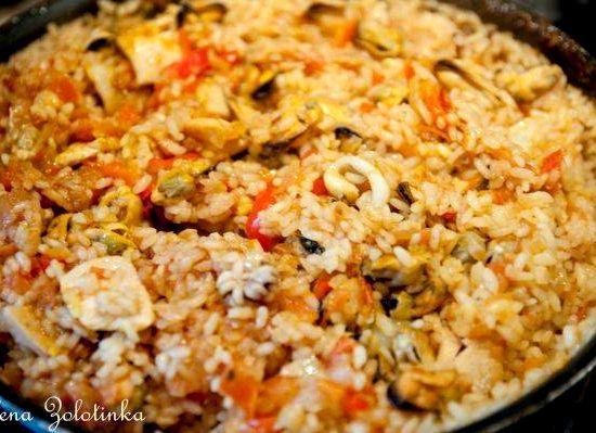 Паэлья с кальмарами и курицей рецепт