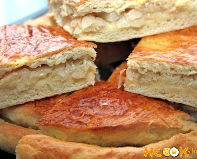 рецепт пирога с капустой и мясом на дрожжевом тесте в духовке рецепт с фото