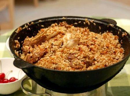 плов со свининой рецепт в кастрюле с фото пошагово