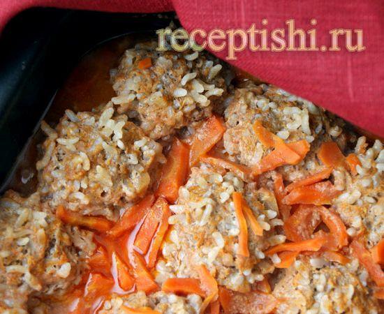 как сделать ежики из фарша и риса на сковороде с подливкой