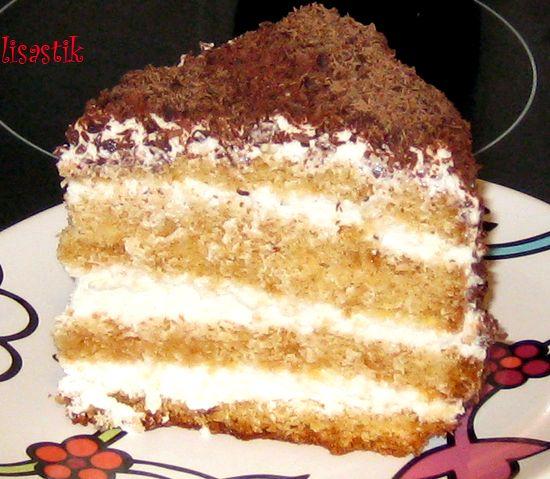 Рецепт бисквитного торта с фото со сметаной в домашних условиях