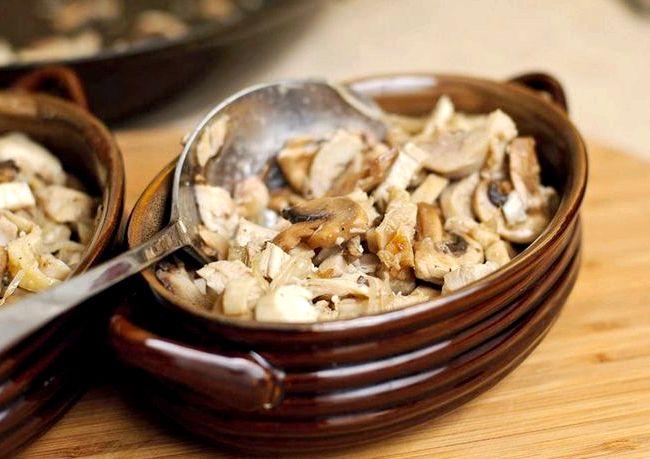 рецепт вкусного салата с грибами и курицей и сыром
