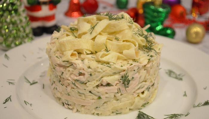 Салат из блинов с курицей рецепт с фото
