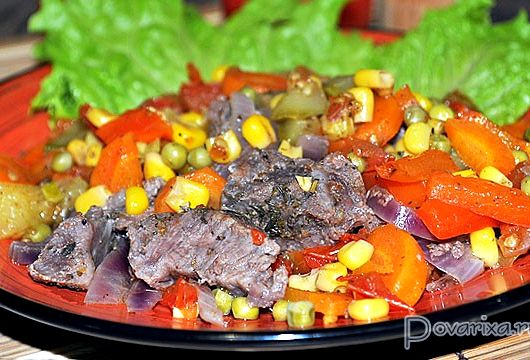 Говядина с овощами в духовке рецепт с фото