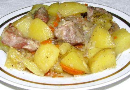 Картофель со свининой в духовке рецепт с фото