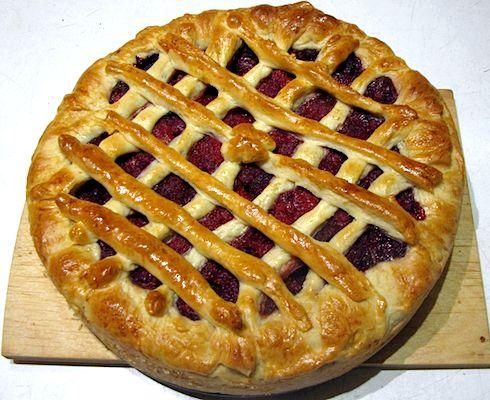 Клубничный пирог из дрожжевого теста рецепт с фото