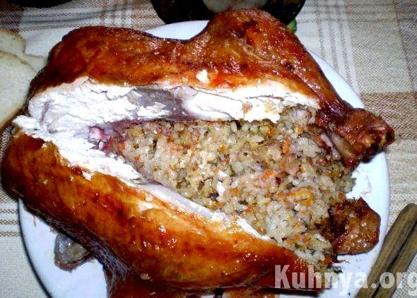 Курица целиком в духовке с рисом рецепт с фото