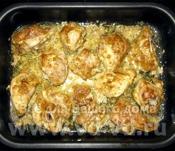 Курица с чесноком и майонезом в духовке рецепт с фото