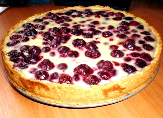 Пирог творожный с вишней рецепт с фото