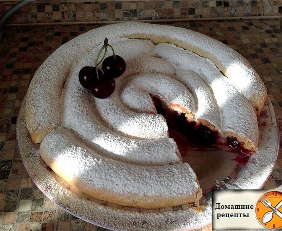 Пирог улитка с вишней на кефире рецепт с фото