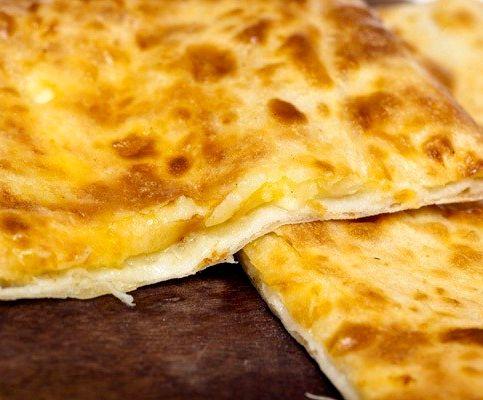 Рецепт хачапури с сыром в духовке из дрожжевого теста с фото