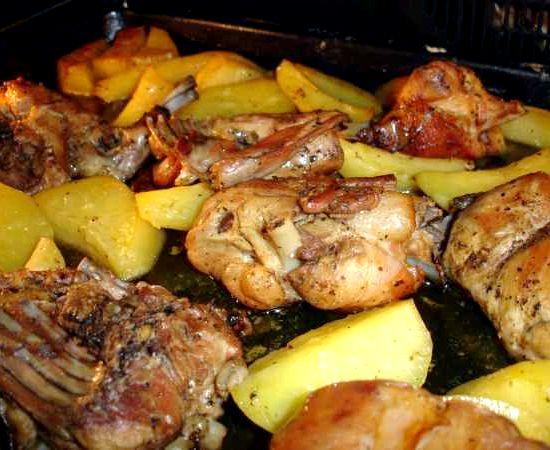 Рецепт кролик с картошкой в духовке с фото