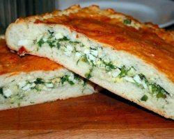 Рецепт пирога с зелёным луком и яйцом