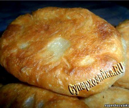 Рецепт пирожков на кефире на сковороде