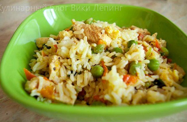 Рис по-китайски с яйцом и овощами рецепт