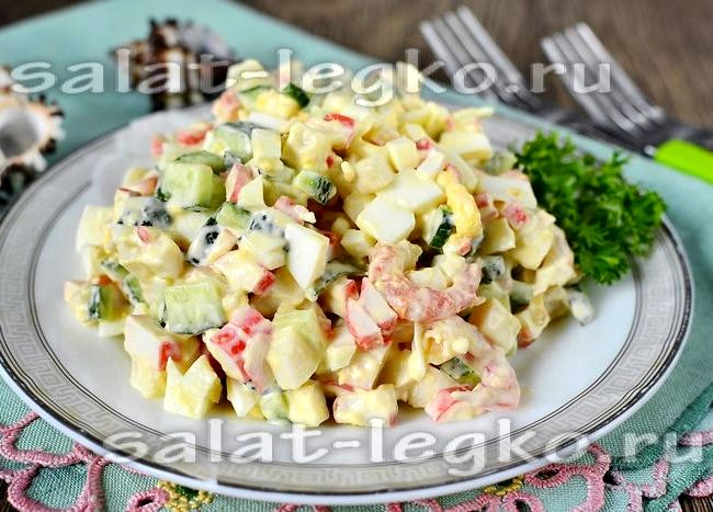 Салат из крабовых палочек и кальмаров рецепт с фото очень вкусный