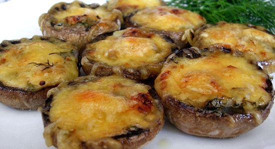 Шампиньоны с сыром в духовке рецепт с фото