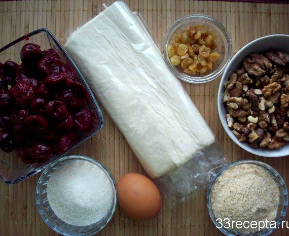 Штрудель вишневый из готового слоеного теста рецепт