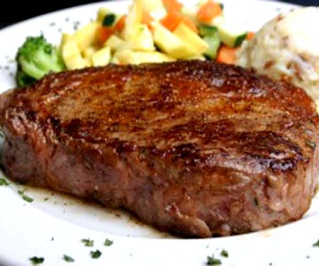 Стейк из говядины в духовке рецепт с фото