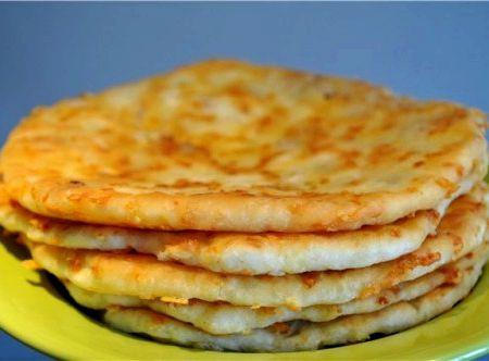 Сырные лепешки с ветчиной рецепт с фото