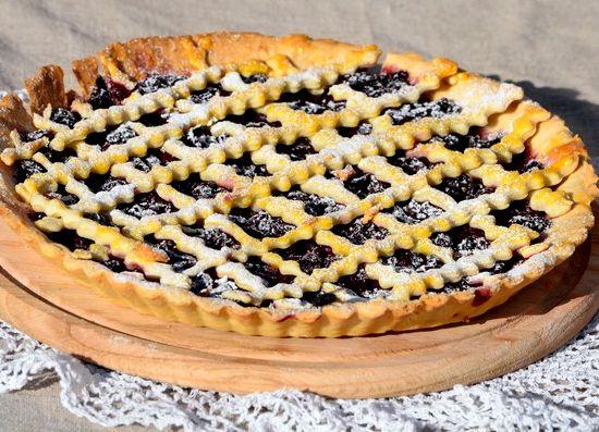 Вишнёвый пирог из песочного теста рецепт с фото