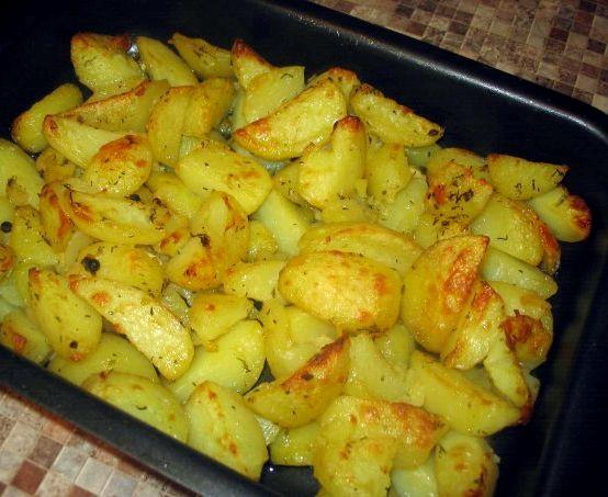 Запечённая картошка в духовке рецепт с фото