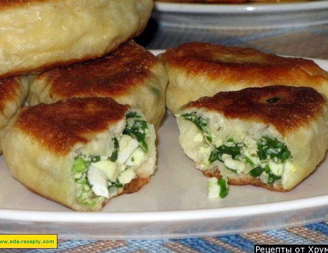 Жареные пирожки с зеленым луком и яйцом рецепт с фото